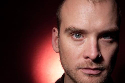 """Nuevo guitarrista de Blink-182 dice que aun no hay """"planes sólidos"""""""