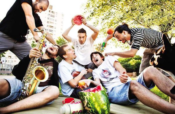 Salta La Banca presentó un adelanto de su nuevo disco