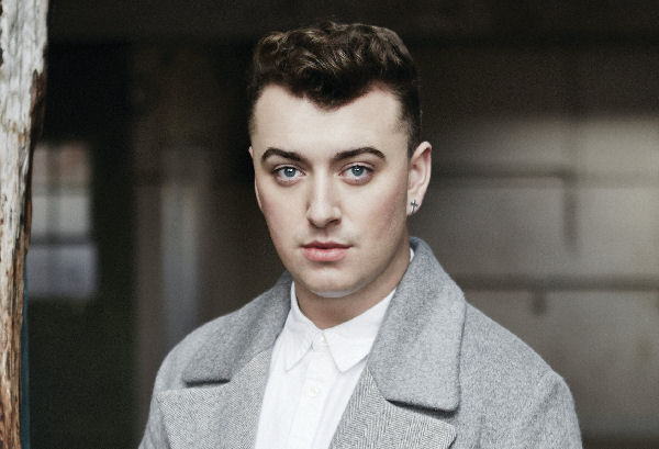 Sam Smith suspende conciertos por una hemorragia en sus cuerdas vocales