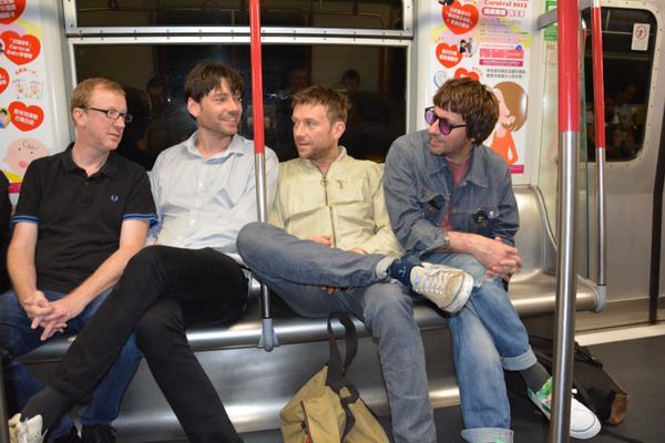 Damon Albarn critica a la «generación selfie de la música pop»