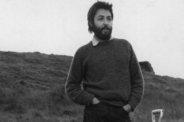 Hace 35 años, Paul McCartney publicaba su debut solista