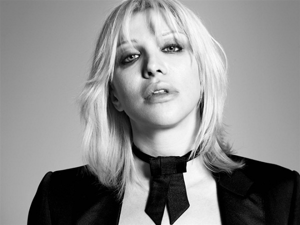 "Courtney Love estrena el single ""Miss Narcissist"""