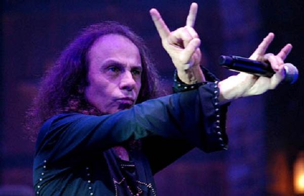 Va tomando forma la gira con el holograma de Ronnie James Dio