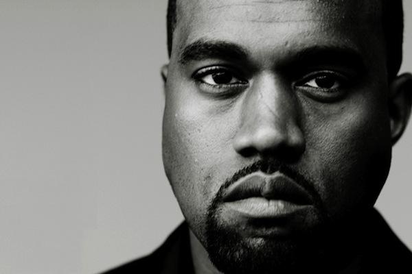 """Kanye West estrenó la canción """"Water"""" durante su participación en Coachella"""