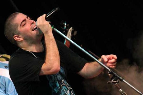 Patricio Santos Fontanet grabó una canción para las Abuelas de Plaza de Mayo