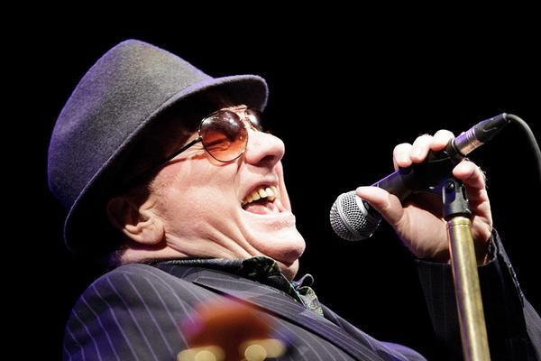 Van Morrison llama a los músicos a rebelarse contra las restricciones de público en los conciertos