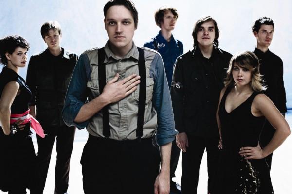 Arcade Fire vende su nuevo disco en un spinner
