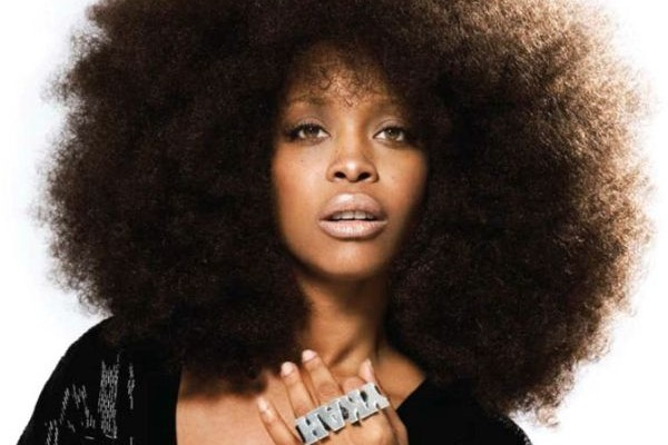 Erykah Badu acusa a The Black Eyed Peas de plagiar su video