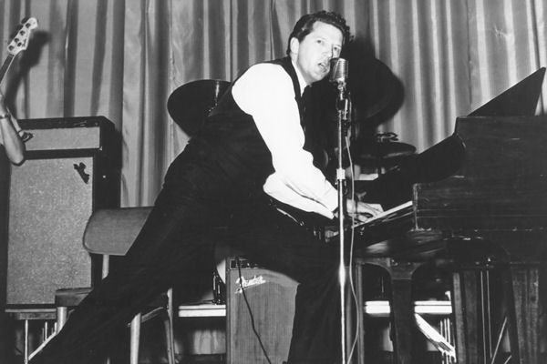 Hoy cumple 80 años Jerry Lee Lewis, pionero del rock and roll