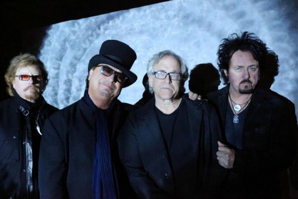 Toto anuncia gira mundial y la despedida del bajista David Hungate