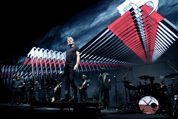 Roger Waters compara a Donald Trump con Saddam Hussein
