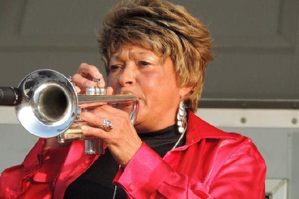 Falleció Cynthia Robinson, saxofonista y cofundadora de Sly & The Family Stone