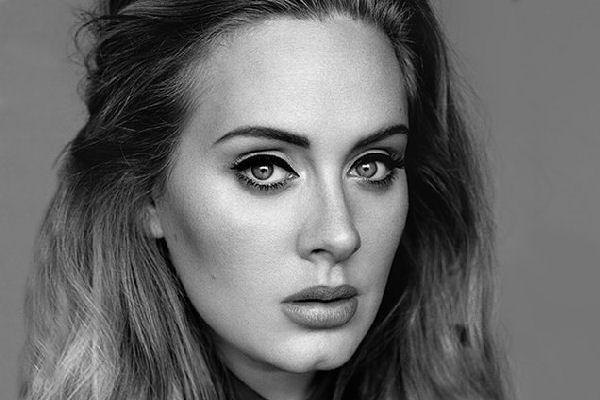 Adele encabeza la lista de los discos más vendidos de 2015 a nivel mundial
