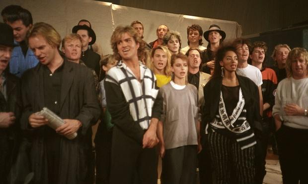 Hace 31 años llegaba al Nº1 del chart británico el single benéfico «Do The Know It's Christmas»