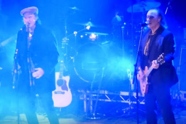Los hermanos Dave y Ray Davies, de The Kinks, volvieron a tocar juntos