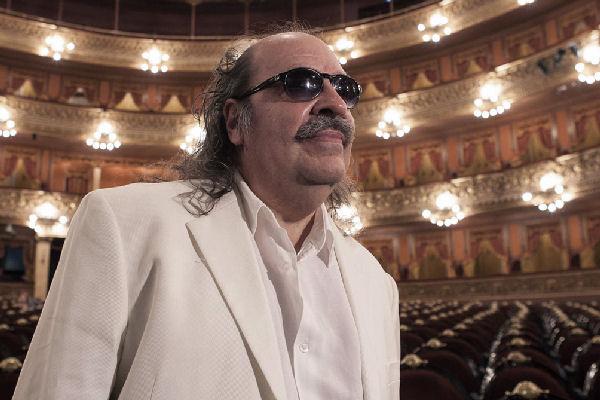 Litto Nebbia despidió el año en el Teatro Colón