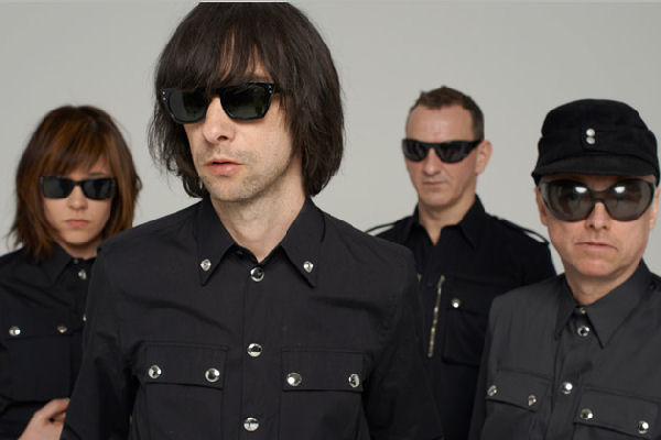 Los franceses Air y los escoceses Primal Scream encabezan el Music Wins Festival