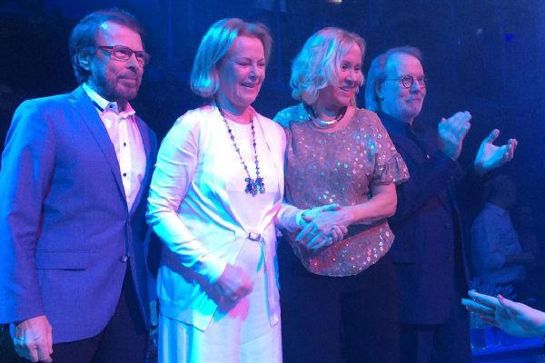 Los miembros de ABBA asistieron juntos a un homenaje