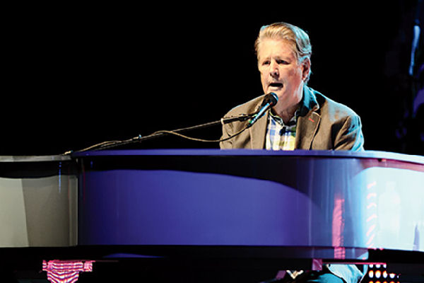 """Brian Wilson consigue un """"10"""" en música 58 años después"""