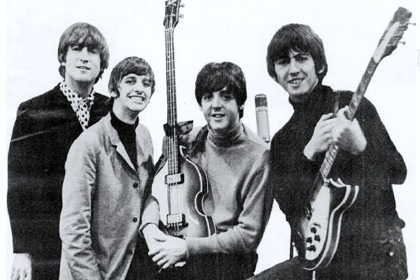 "Los Beatles recopilan todos sus singles navideños en ""Happy Christmas Beatle People"""