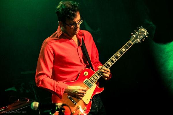 Entraron a robar en la casa de Gonzalo Córdoba, guitarrista de Vicentico: lo salvaron sus hijas
