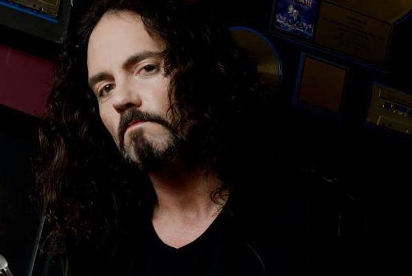 Falleció en el escenario Nick Menza, ex baterista de Megadeth