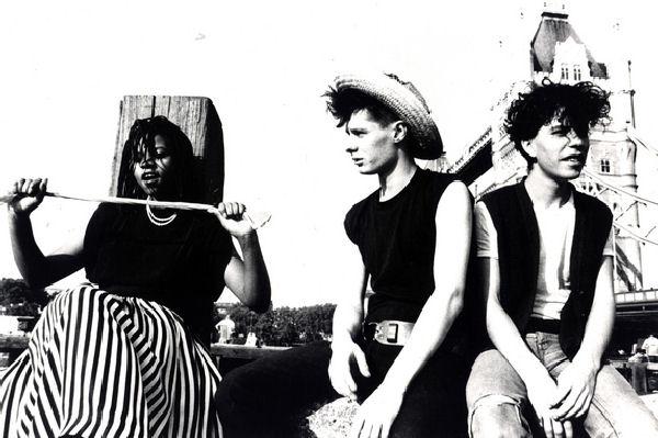 Falleció el músico Steven Young, integrante de Colourbox y M/A/R/R/S