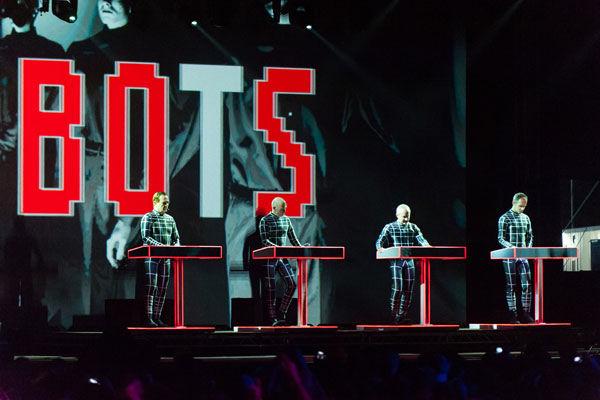 Kraftwerk regresa a la Argentina con un show en 3D