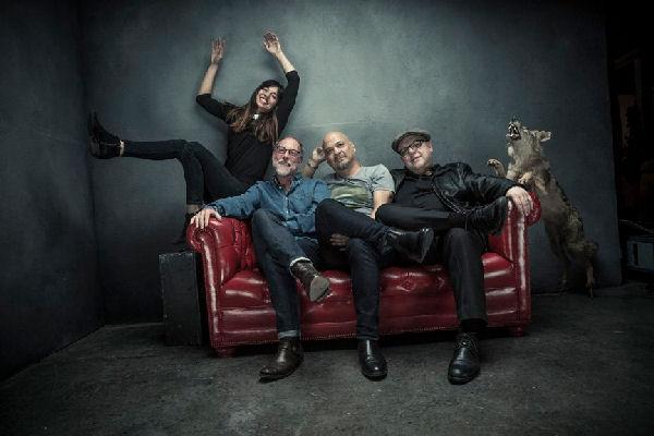 Pixies lanza el single «Catfish Kate» con un surrealista videoclip animado