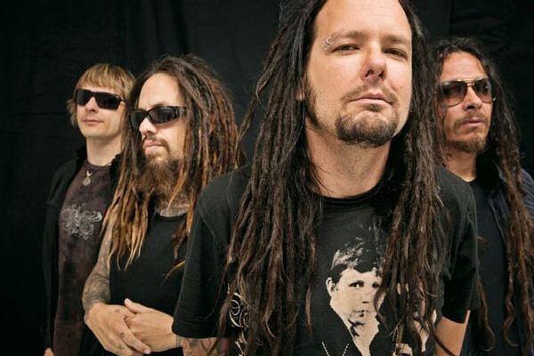 Jonathan Davis graba las voces para el nuevo álbum de Korn