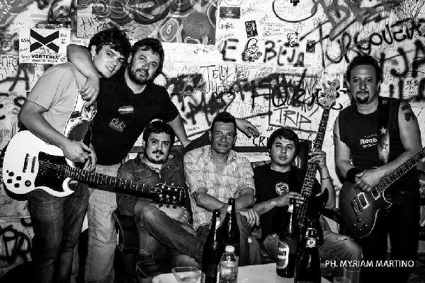 Noche a puro rock con Cirujas en Mala Idea Kultura Bar