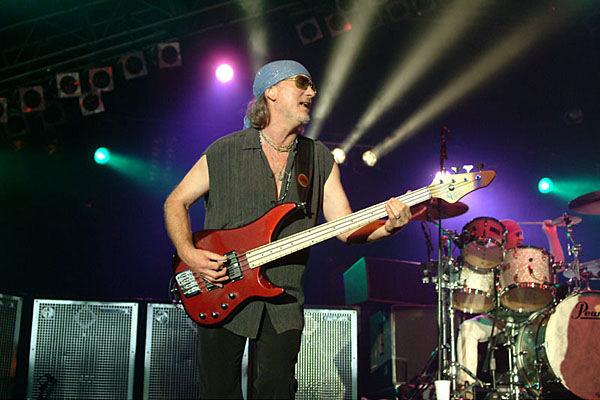 Roger Glover no sabe por qué Ritchie Blackmore resucitó Rainbow