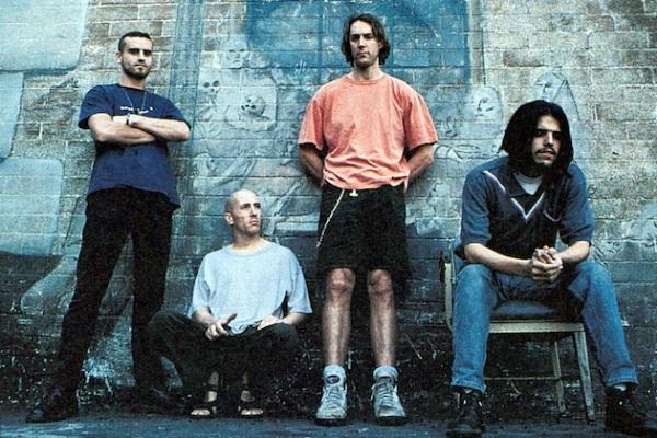 Tool estrenó sus primeras dos canciones en más de una década
