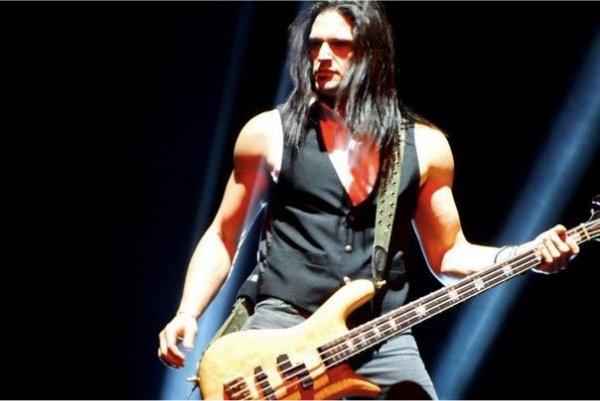 Falleció en un accidente David Z, bajista de Adrenaline Mob y Trans-Siberian Orchestra