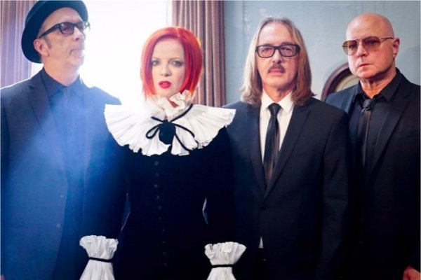 Garbage estrenó el single benéfico «No Horses»