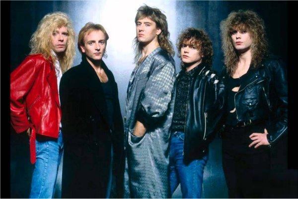 """Def Leppard celebra hoy los 30 años de """"Hysteria"""""""