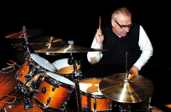 Bill Ward, ex baterista de Black Sabbath, fue hospitalizado con problemas cardíacos