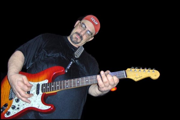 Falleció Pat DiNizio, el líder de la banda alternativa Smithereens
