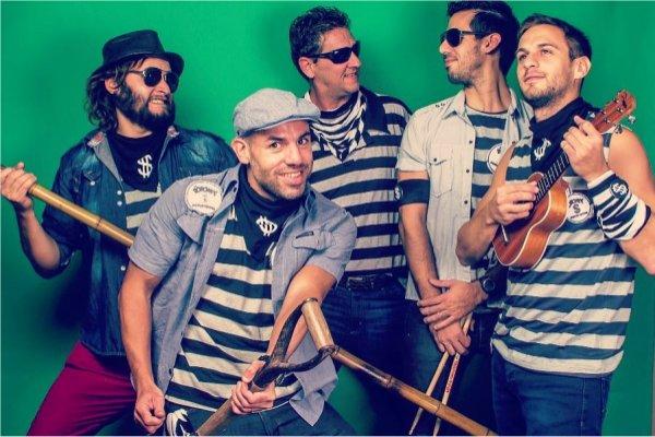 The Robones Psychostars recibe el material audiovisual de su show en el Parque San Martín