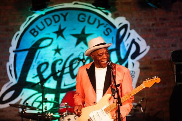 "Buddy Guy anuncia nuevo álbum, ""The Blues Is Alive and Well"""