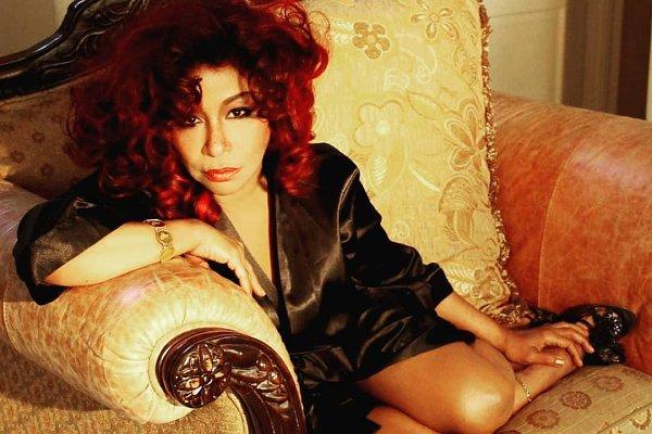 """Chaka Khan comparte """"Like Sugar"""", el adelanto de su primer álbum en más de una década"""