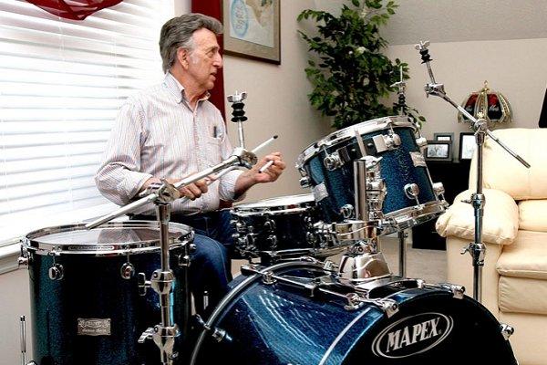 Falleció a los 87 años D.J. Fontana, el mítico baterista de Elvis Presley