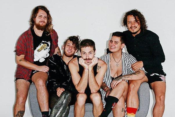 La banda brasileña Francisco, El Hombre regresa a la Argentina