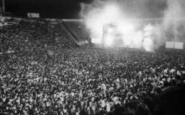 Huracán recordará en su camiseta los 25 años de los shows de los Redondos en el Ducó