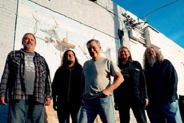 """La formación original de Meat Puppets se reúne para un nuevo álbum y adelanta el single """"Warranty"""""""