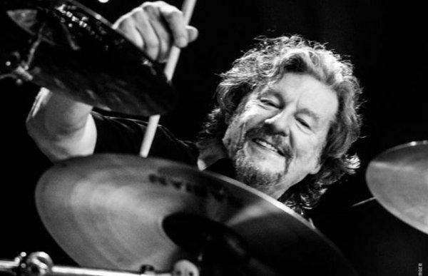 Falleció Ted McKenna, baterista de Ian Gillan y Michael Shenker