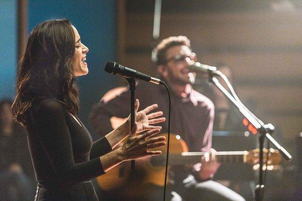 No Te Va Gustar convocó a Julieta Venegas para una nueva versión de «Chau»