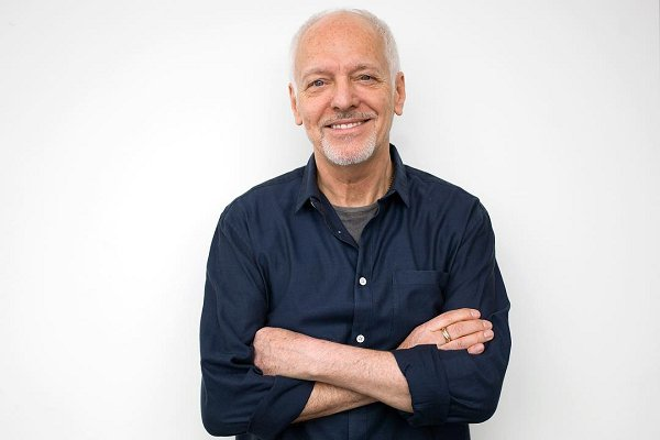 Peter Frampton prepara un álbum de blues y adelanta el primer single