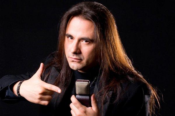 A los 47 años murió André Matos, ex vocalista de Angra