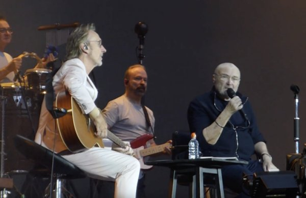 Phil Collins y Mike Rutherford volvieron a tocar juntos después de 12 años